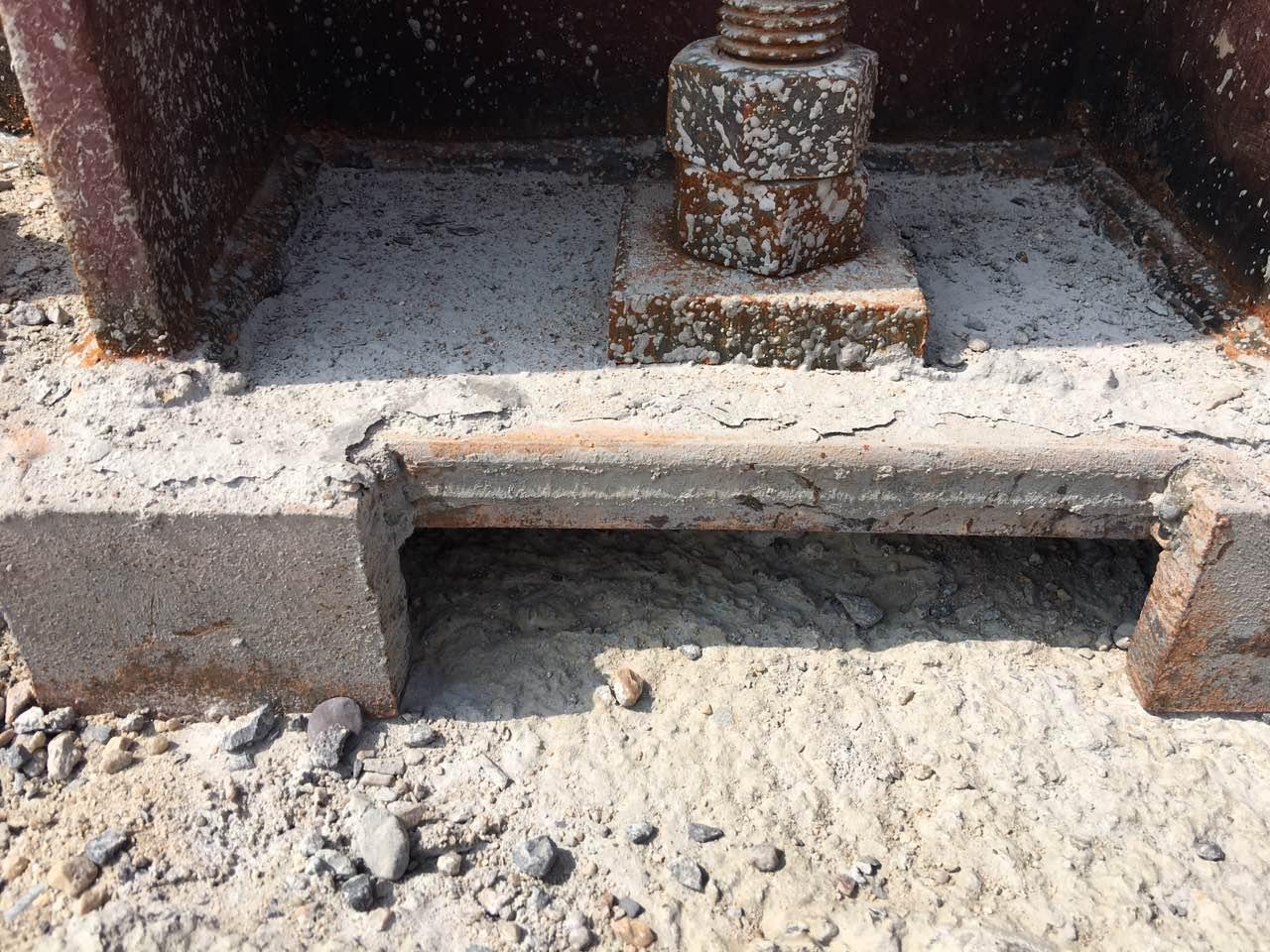 灌浆料使用不当问题二次抹面工艺