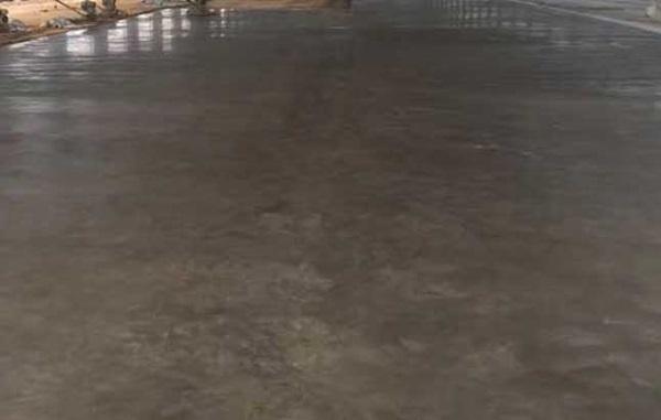 混凝土灌浆料性能介绍 全面进行混凝土灌