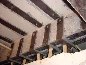 碳板胶可以替代粘钢胶吗 全面解析碳板胶与粘钢胶的区别