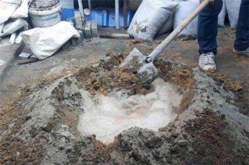 水泥路面快速修补方法