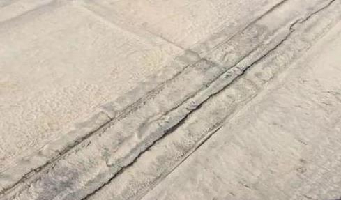 混凝土产生了裂缝怎么解决