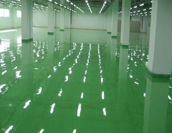 环氧地坪漆施工中有哪些潜在风险